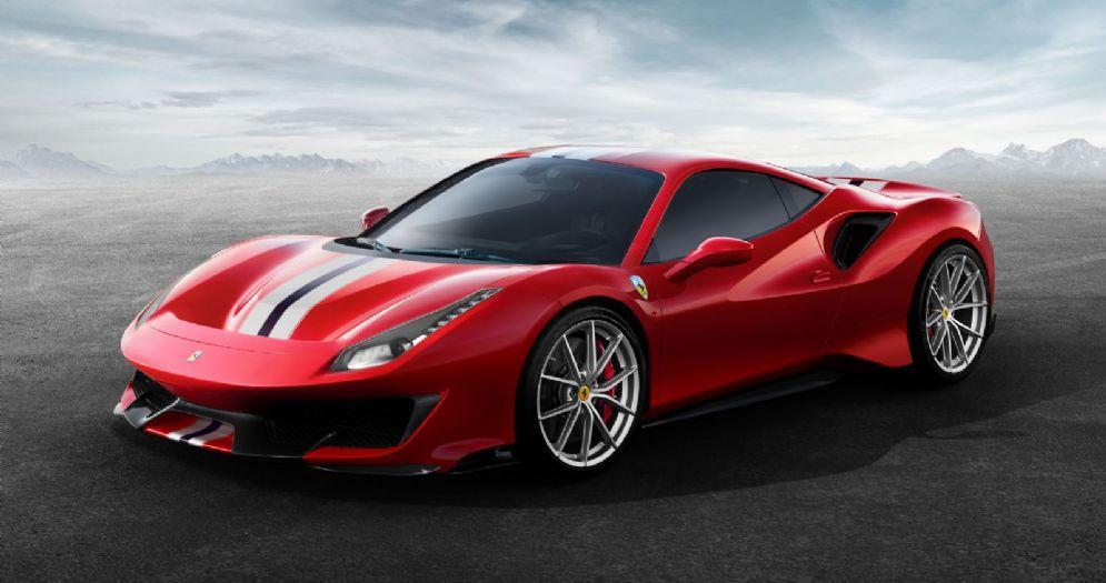 La nuova Ferrari 488 Pista