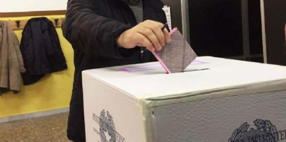 Malore al seggio: 87enne muore prima di votare