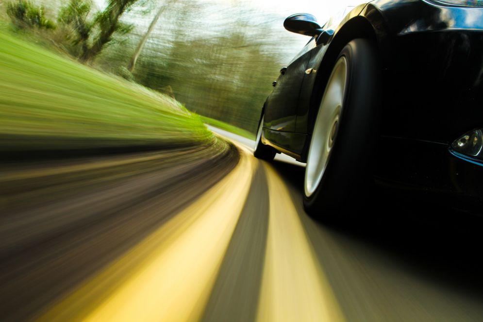 Auto senza pilota: i test si potranno fare anche sulle strade italiane