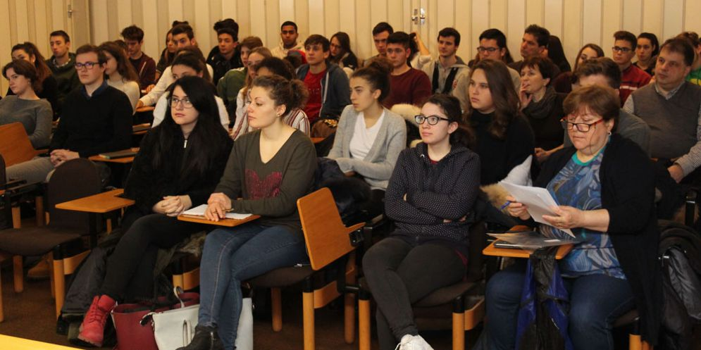 Il 'Progetto Martina' sbarca a Udine per informare i giovani sui tumori