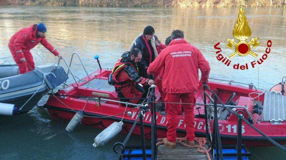 Meina, nemmeno il robot sub dei Vigili trova l'uomo disperso nel lago