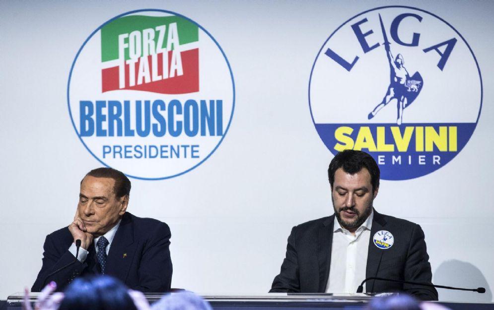 Il leader di Forza Italia Silvio Berlusconi con Matteo Salvini