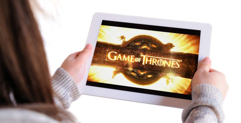 Guardare troppe serie TV predispone a un maggior rischio di cancro al colon