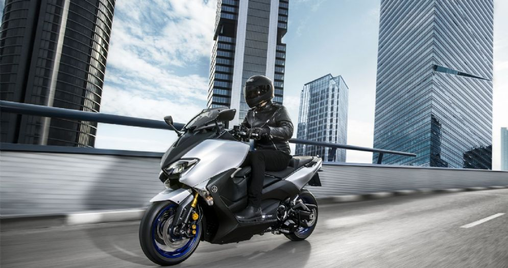 Il nuovo Yamaha TMax Sx Sport Edition