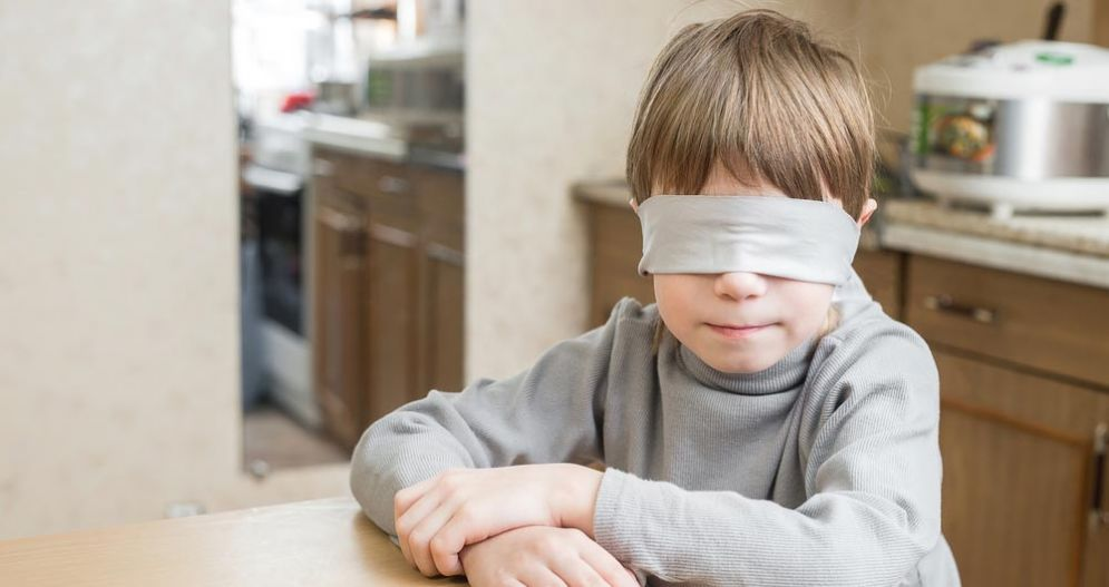 Bambino cieco