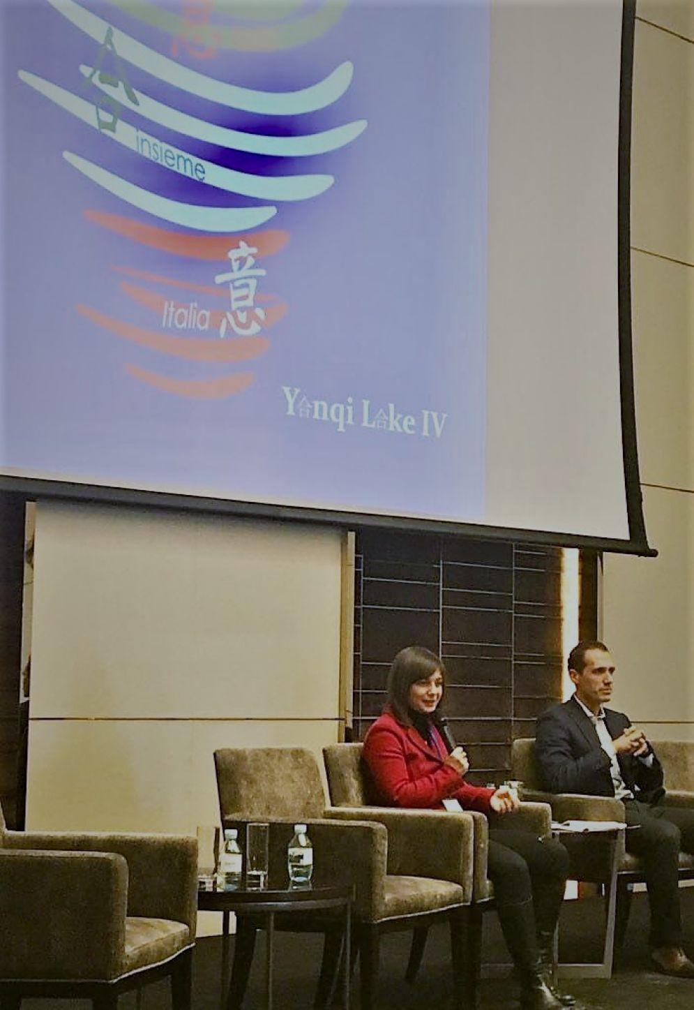Presidente della Regione, Debora Serracchiani, al forum di Yanqui Lake