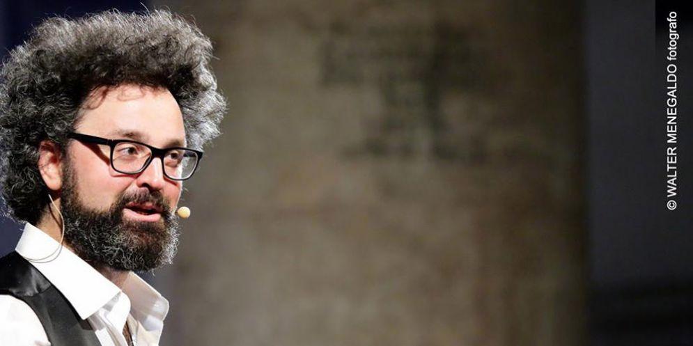 'Mio nonno è morto in guerra': Simone Cristicchi di nuovo in regione