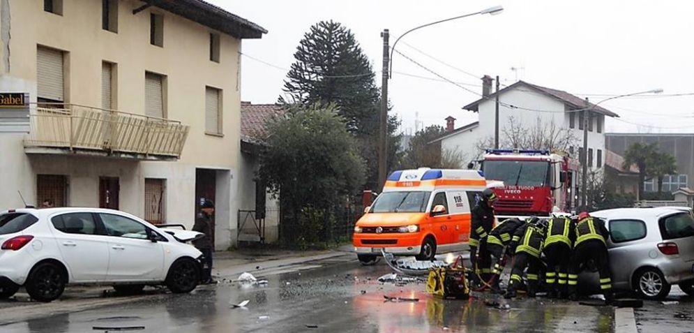 Scontro frontale a Gorizia nella frazione di Piedimonte: due feriti