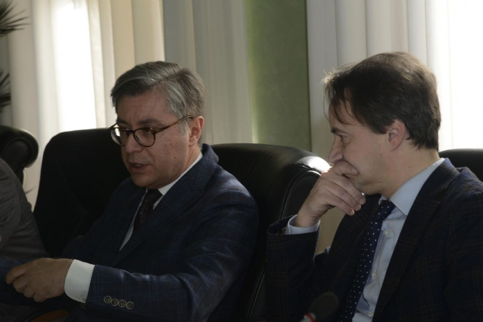 Presiede la Giunta, per l'occasione, il consigliere regionale Igor Gabrovec