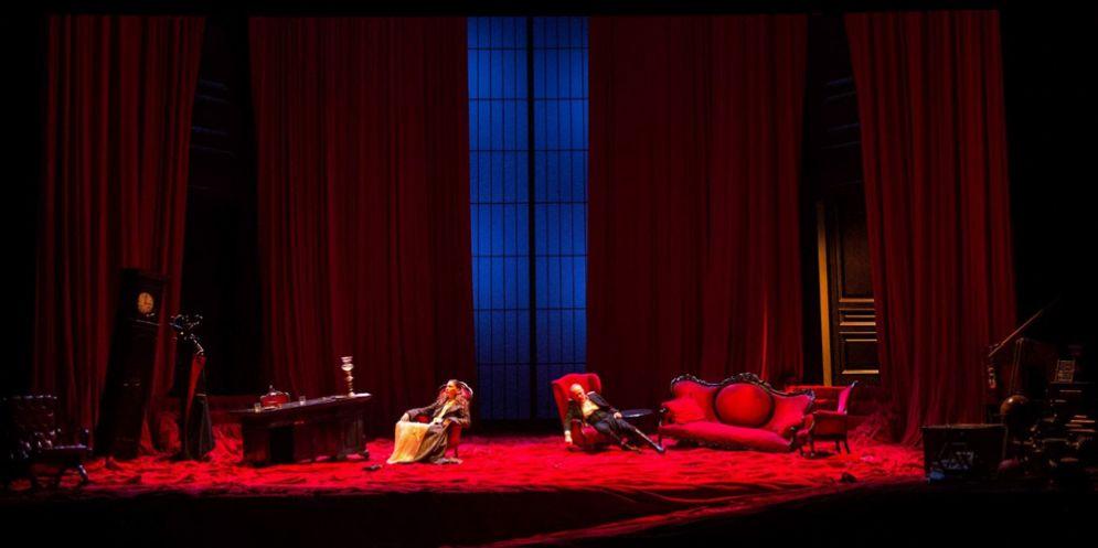 Gabriele Lavia èIl Padredi Strindberg: la famiglia alla resa dei conti, al Teatrone