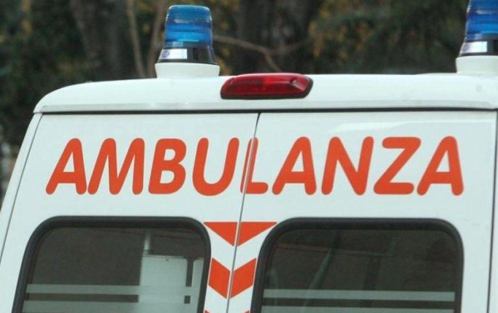 I due feriti sono ricoverati in ospedale