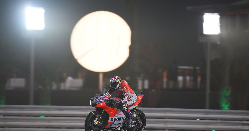 Andrea Dovizioso in sella alla Ducati in Qatar