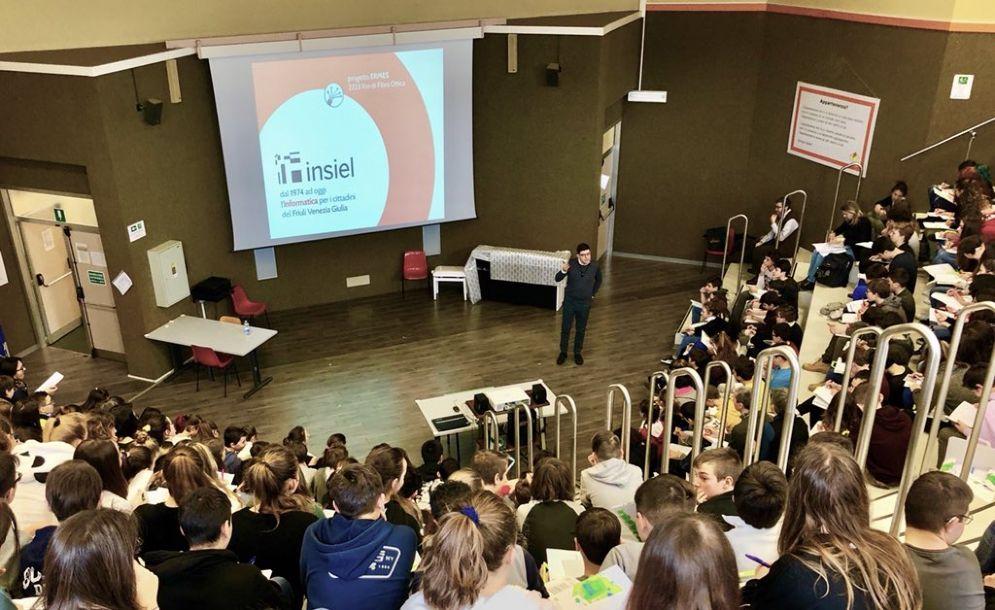 Ict: 200 studenti scoprono il futuro digitale con Insiel4school
