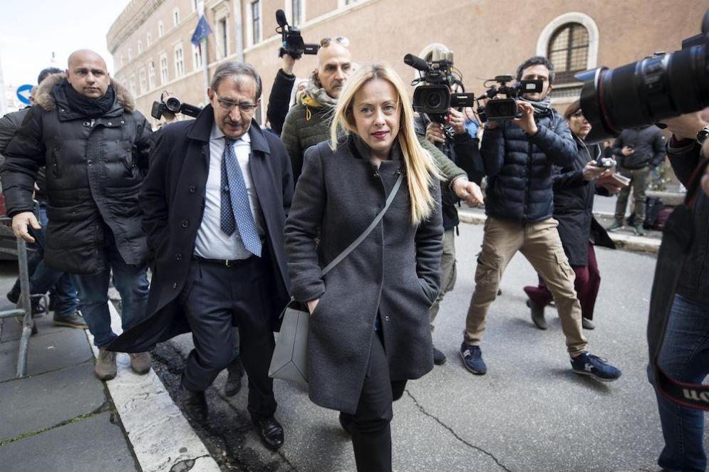 Ignazio La Russa e Giorgia Meloni entrano a Palazzo Grazioli per il vertice del Centrodestra.