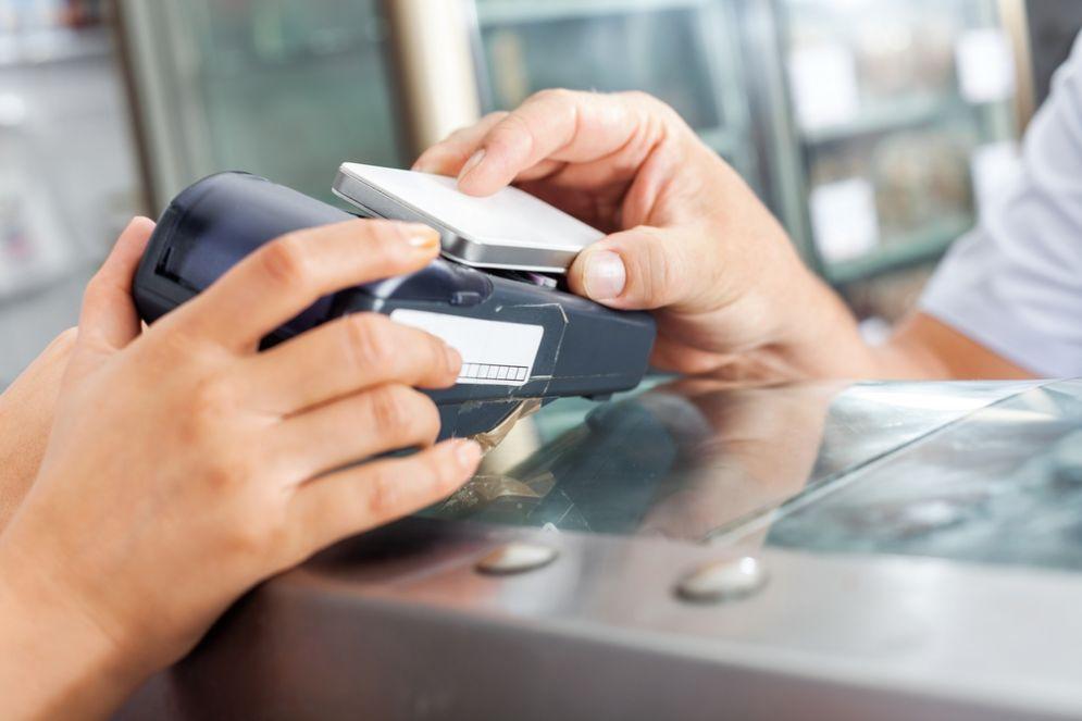 Come funziona Samsung Pay, da oggi in Italia