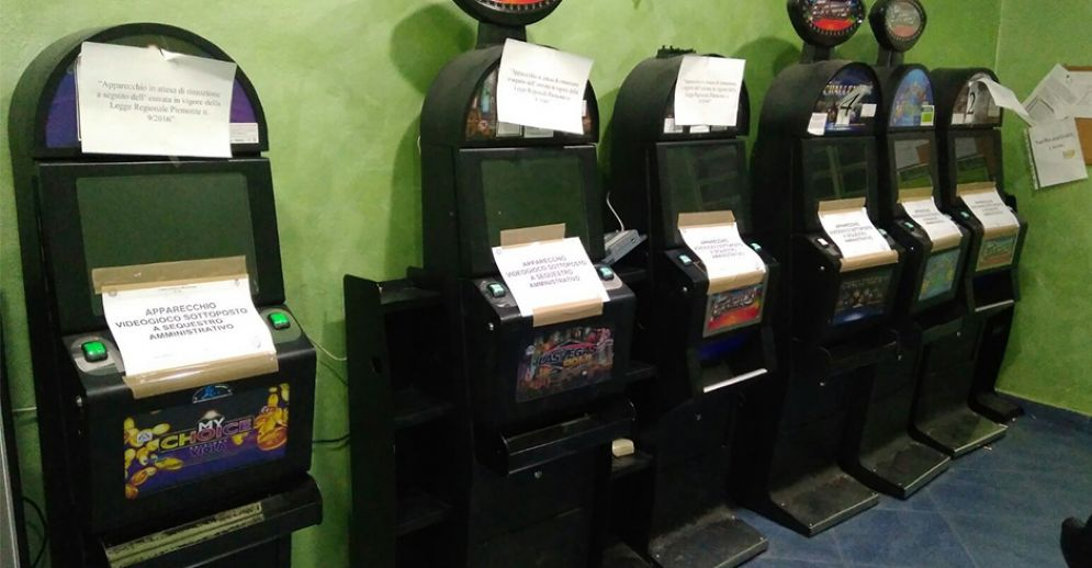 Slot machine sequestrate
