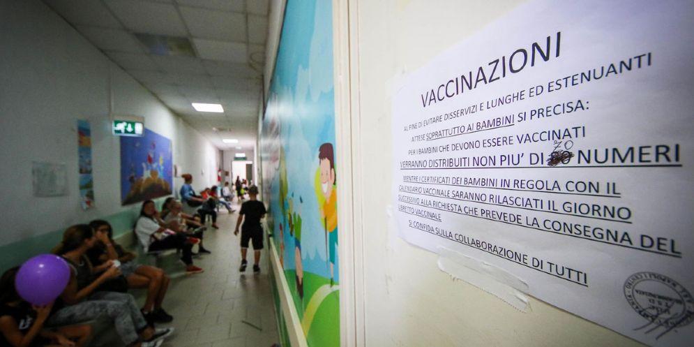 Finti vaccini: chiuso l'incidente probatorio, forte 'scopertura'