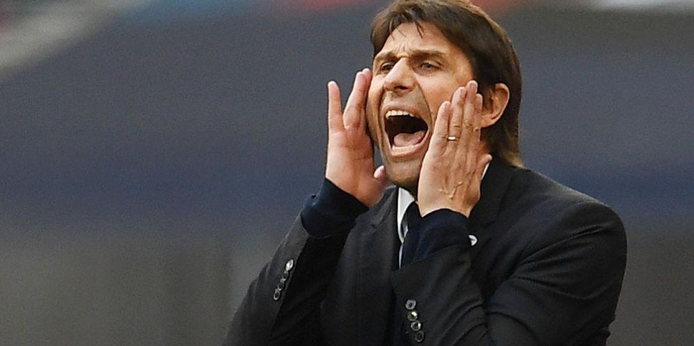 Antonio Conte, allenatore del Chelsea e dal futuro incerto