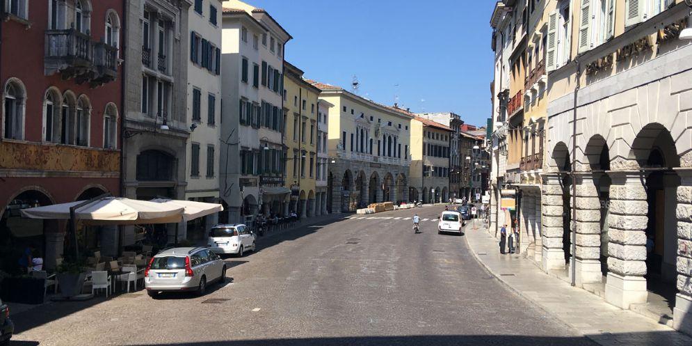 Udine in fiore, via Mercatovecchio chiusa fino al 3 aprile