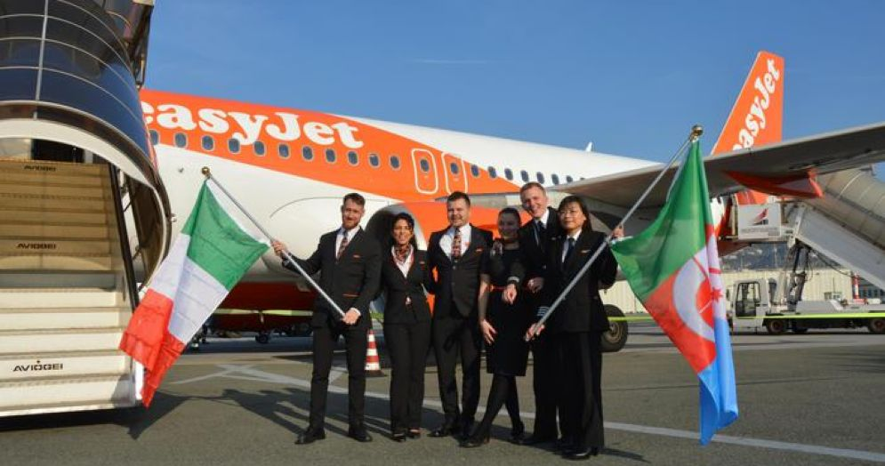 Collegamenti di EasyJet tra Genova e Regno Unito