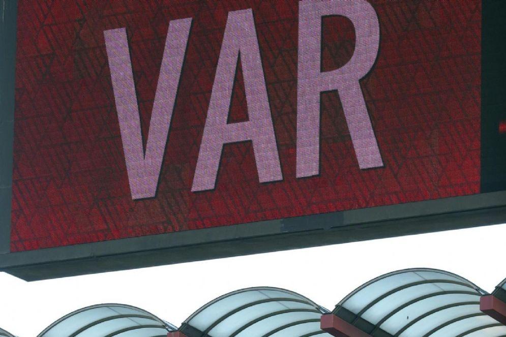 Il VAR è stato introdotto in questa stagione e sarà protagonista anche ai prossimi mondiali