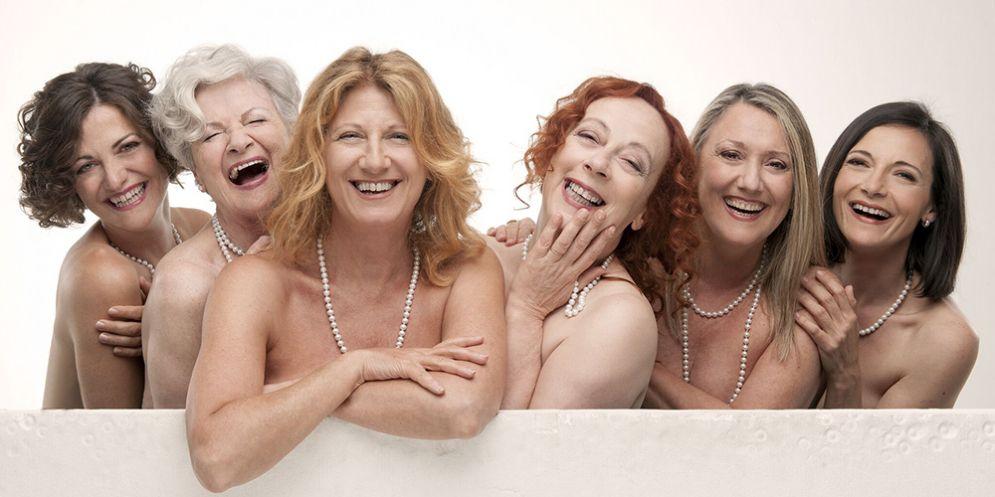 """Al Teatro Verdi di Gorizia arrivano le """"Calendar girls"""" con l'irresistibile Angela Finocchiaro"""