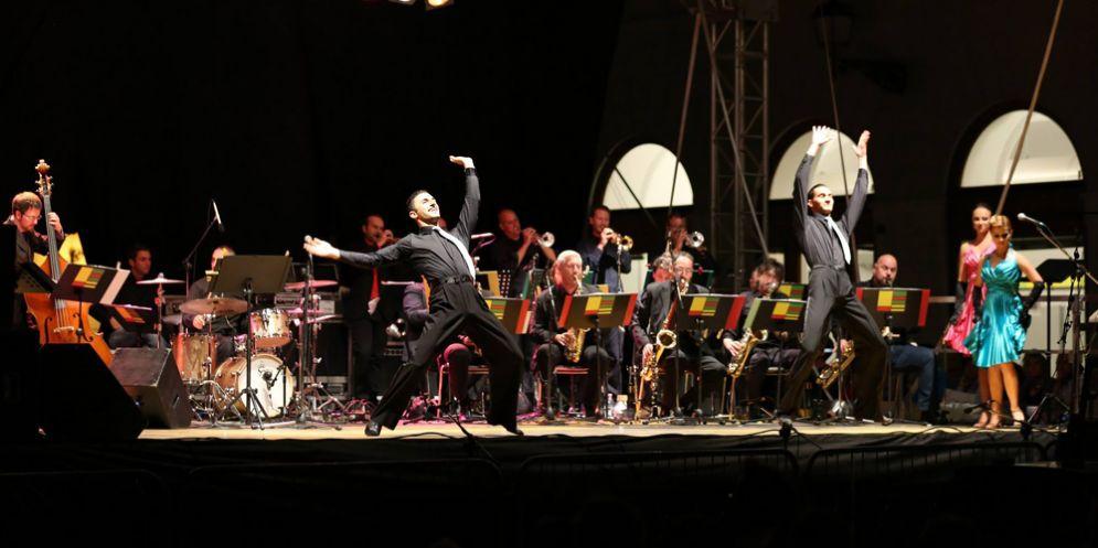 Al café Rossetti arriva la Shipyard Big Band con 'Swing It Out'