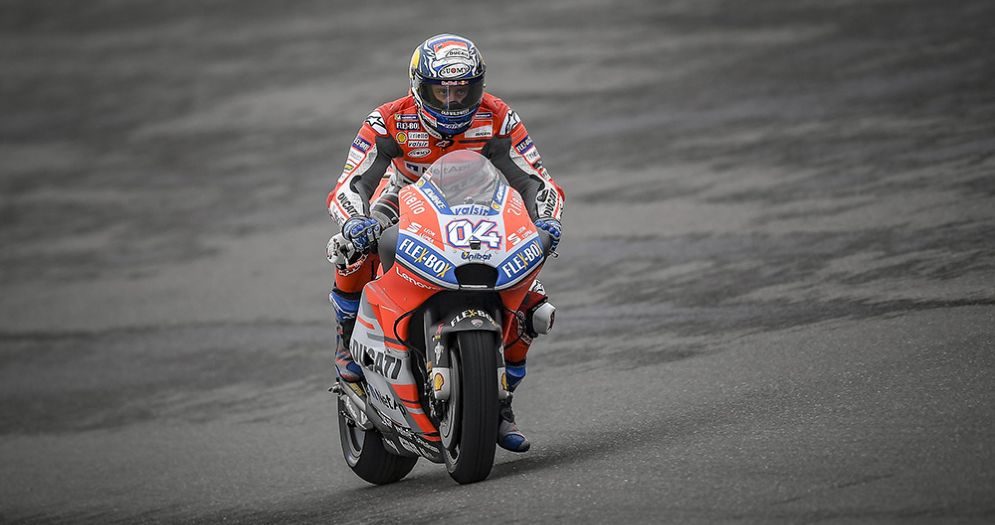 Andrea Dovizioso in sella alla Ducati nelle qualifiche in Argentina