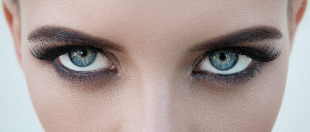 Cambiare il colore degli occhi in 20 secondi