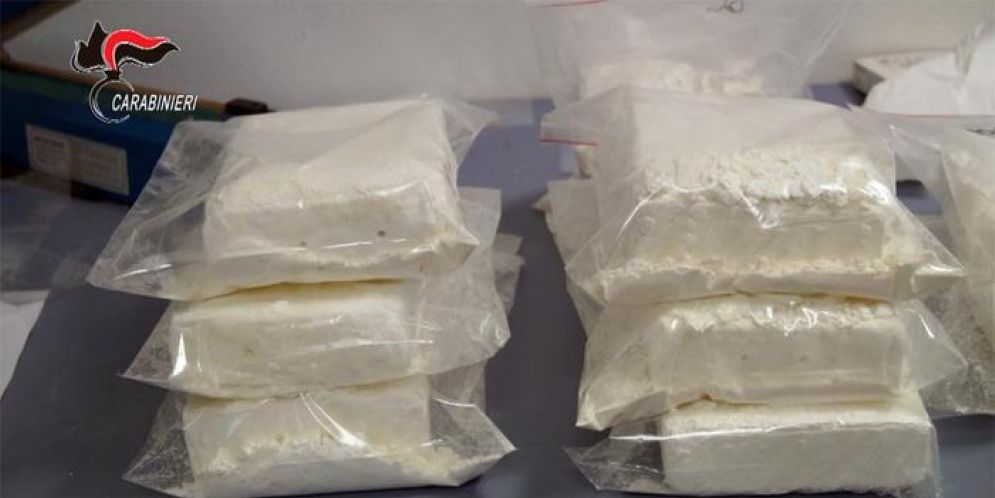 Sequestrato oltre 1 kg di cocaina