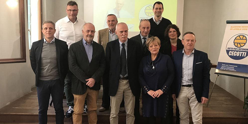 Cecotti con i candidati al Consiglio regionale della circoscrizione di Pordenone