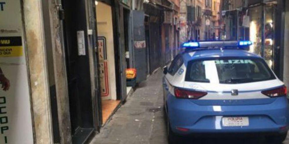 Il ragazzo è stato fermato nel centro storico di Genova
