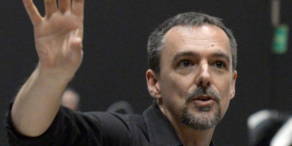 A Tolmezzo in scena Pirandello in comedy/Pirandello's room