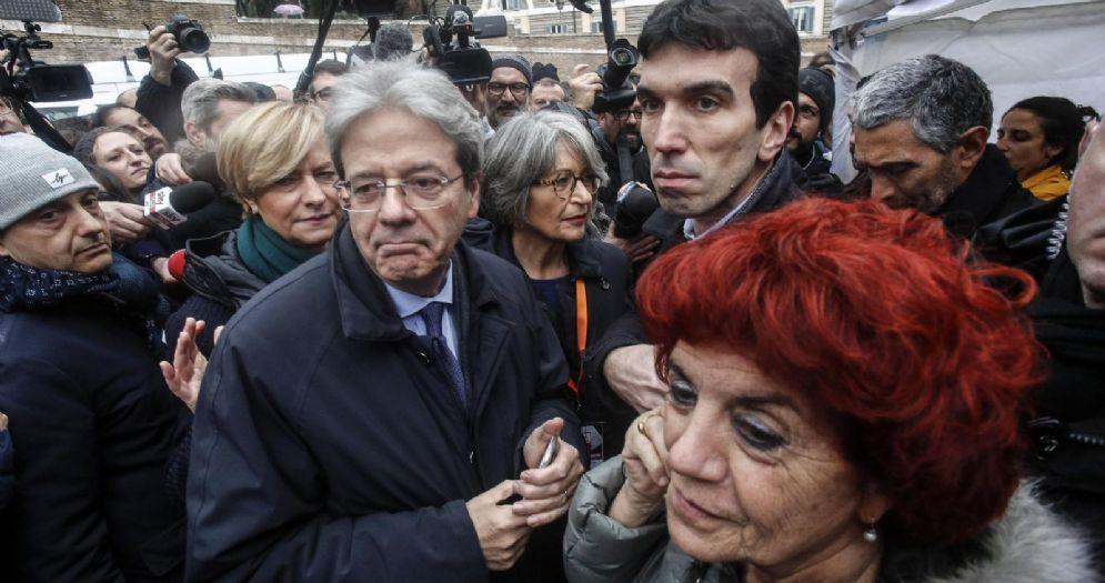 Il Premier Gentiloni con il Segretario del PD, Maurizio Martina e il Ministro Fedeli