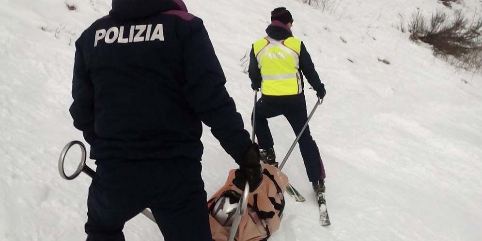 Sicurezza sulle piste: oltre 600 interventi di soccorso da parte dei poliziotti sciatori