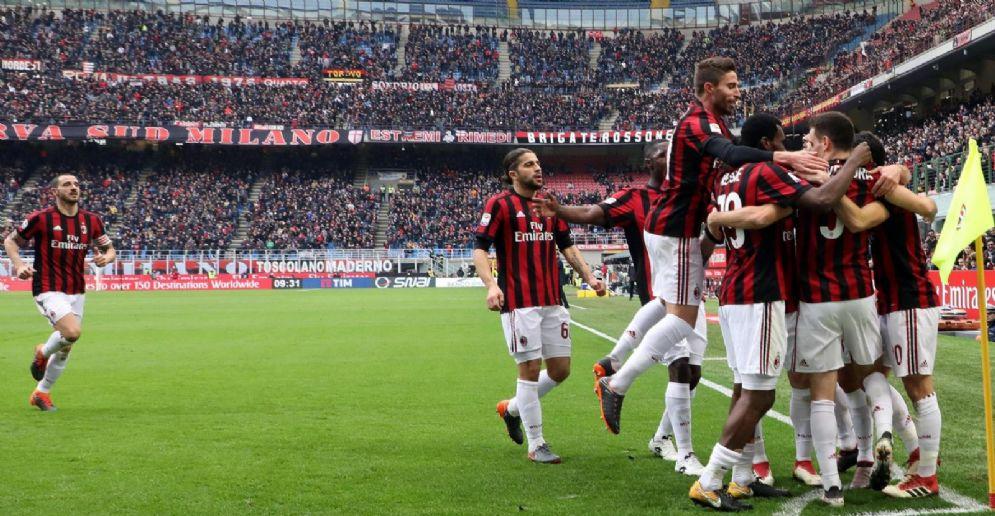 Il Milan cerca di riprendersi il sesto posto in campionato nelle ultime 3 giornate di campionato e di vincere la Coppa Italia