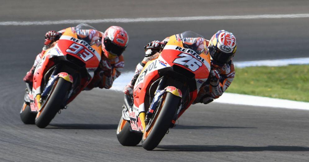 Le due Honda di Dani Pedrosa e Marc Marquez durante le qualifiche del GP di Spagna di MotoGP a Jerez