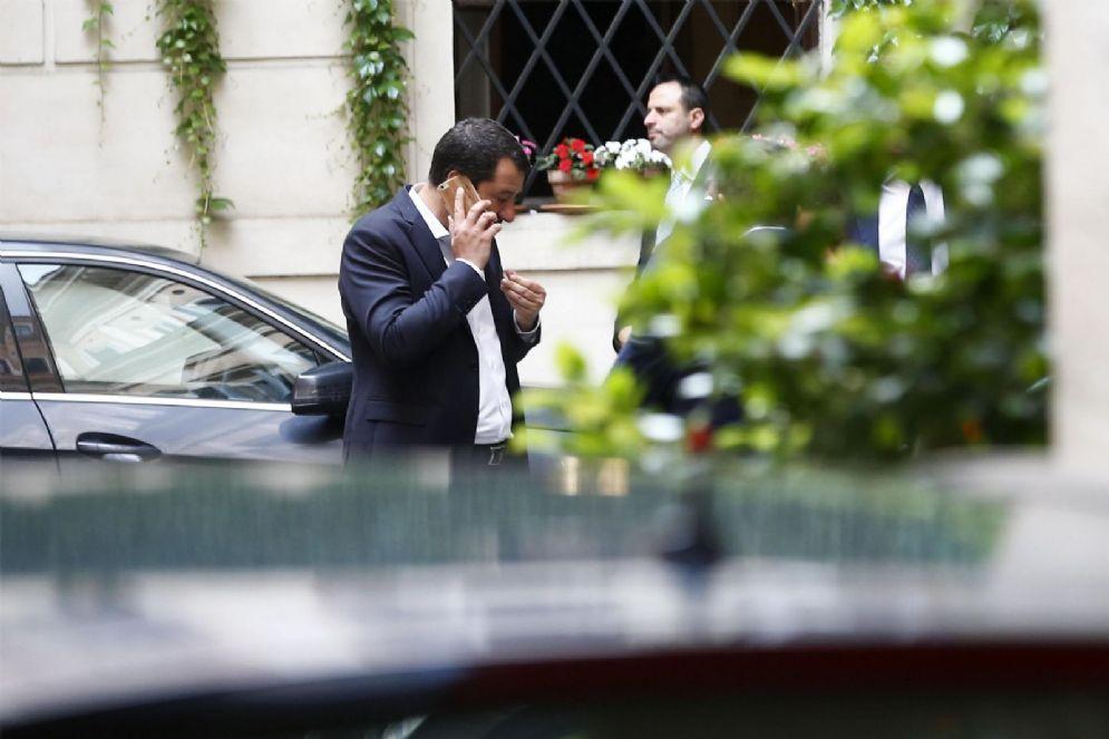 Il segretario della Lega Matteo Salvini entra a Palazzo Grazioli per il vertice del centrodestra