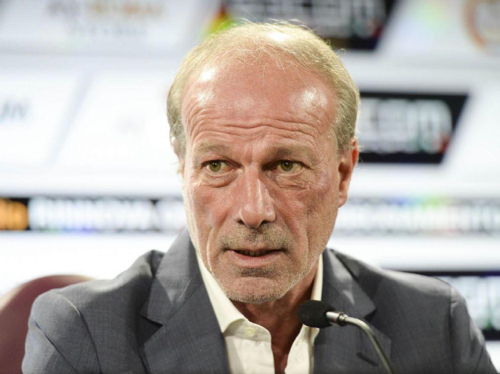 Walter Sabatini, direttore sportivo italiano in cerca di un nuovo incarico