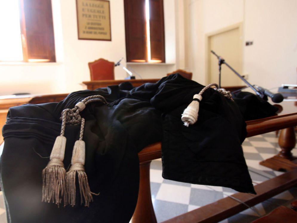Udienza per correggere l'errore nelle condanne da parte dei giudici della corte d'appello