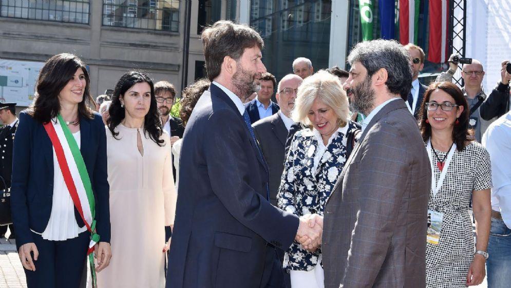 Dario Franceschini con il presidente della Camera Roberto Fico al Salone Internazionale del Libro di Torino