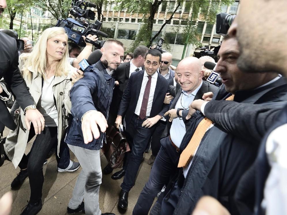 Il capo politico del M5s Luigi Di Maio dopo l'incontro al Pirellone con Matteo Salvini