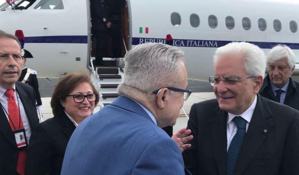 L'arrivo di Mattarella all'aeroporto Cristoforo Colombo