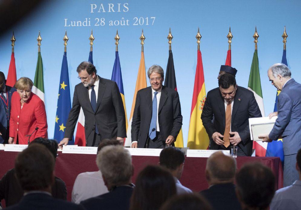 Il premier libico Fayez al Sarraj con Angela Merkel, Mariano Rajoy e Paolo Gentiloni