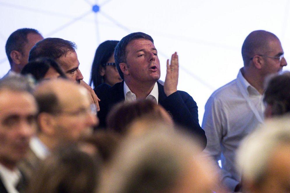 Matteo Renzi durante l'assemblea nazionale del Pd a Roma
