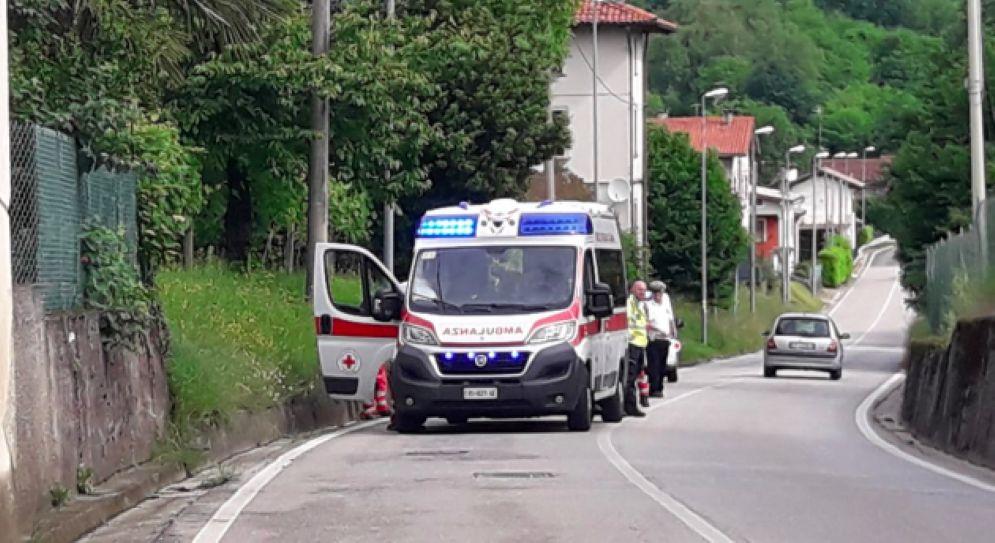 Ciclista senza vita trovato a Qualso di Reana del Rojale
