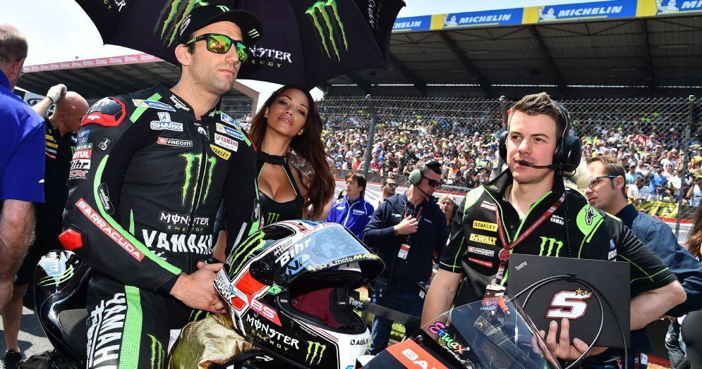 Johann Zarco in sella alla Yamaha satellite del team Tech3 sulla griglia di partenza del GP di Francia di MotoGP a Le Mans