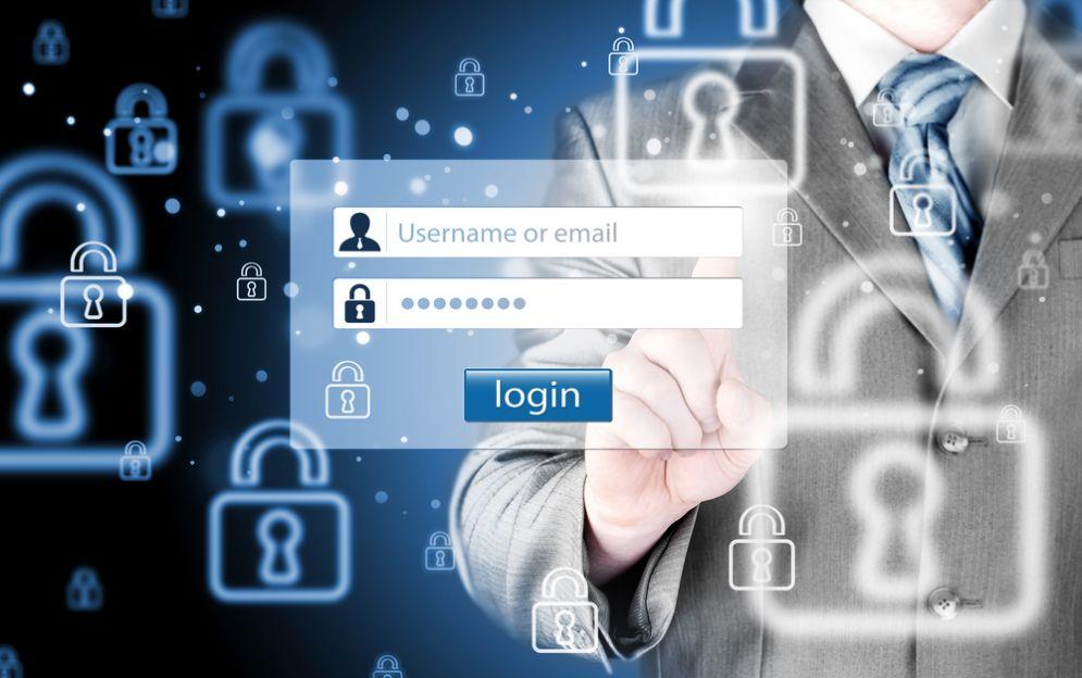 Gli smartwatch e i pericoli per la vita digitale degli utenti