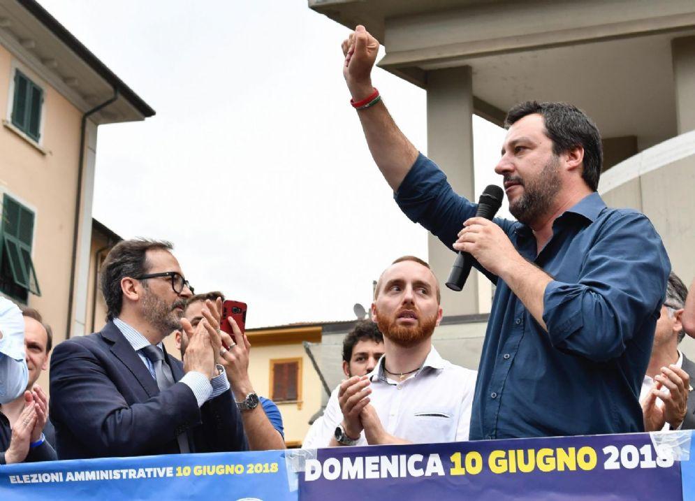 Il leader della Lega Matteo Salvini a Massa Carrara