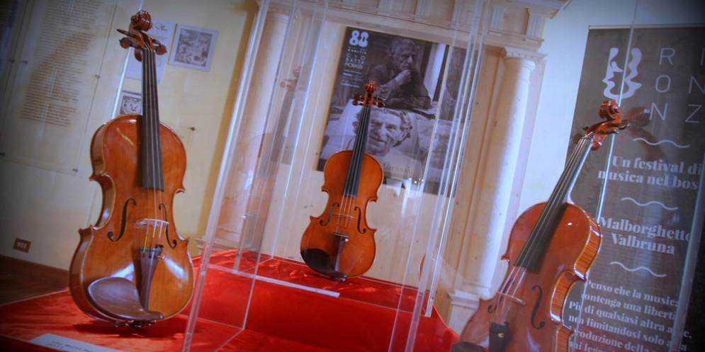 Una mostra sugli strumenti antichi 'apre' Risonanze